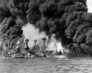 600px-Burning_ships_at_Pearl_Harbor